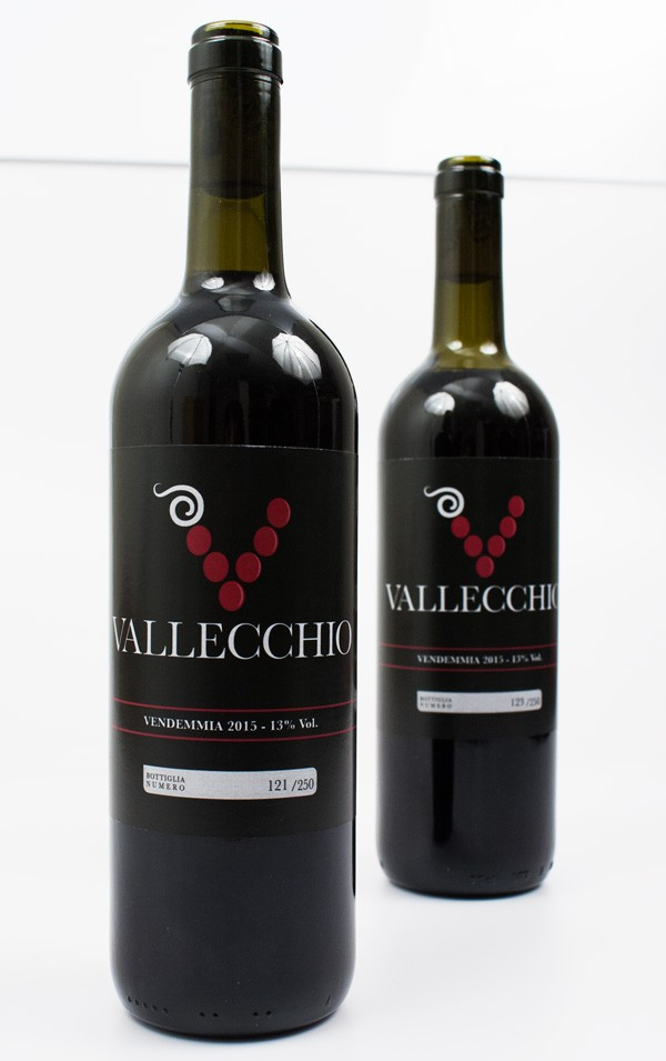 packaging-etichetta-vino-vallecchio-logo